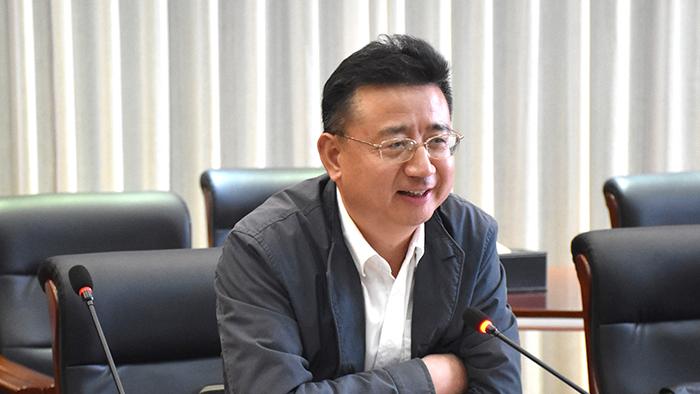 省财政厅党组成员、副厅长庄大力先生发言总结
